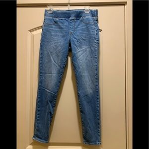 Old Navy women's jeans size 8 never worn